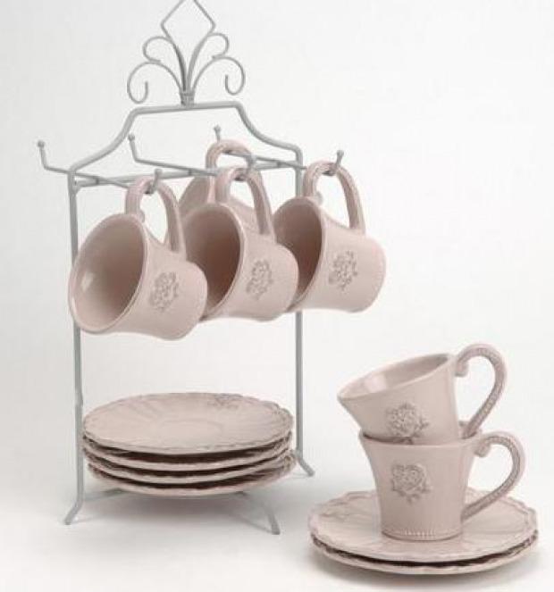 Accessori cucina provenzali: portaoggetti, tazze e biancheria