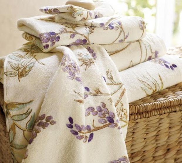 Biancheria bagno provenzale colori tessuti e decori - Biancheria da bagno ...