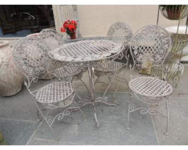 Tavolino in ferro battuto usato tavolo consolle allungabile for Tavolo da giardino usato